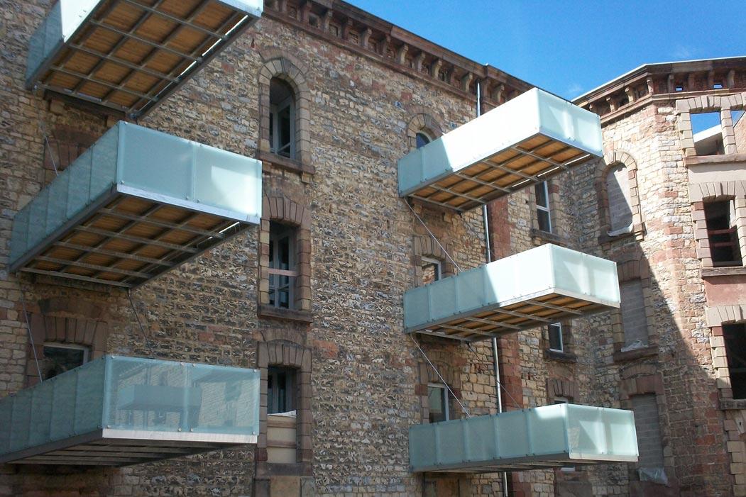 Balcon & terrasse: construction sur structure métallique - muller-rost