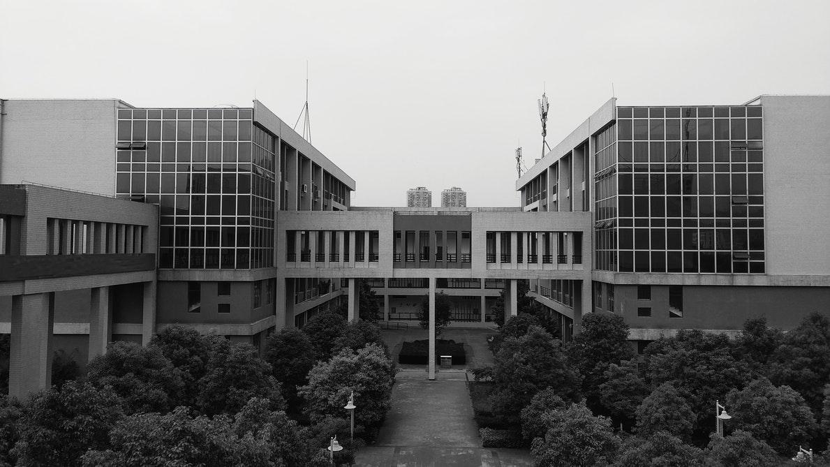 Charpente métallique & construction bâtiments scolaires - muller-rost